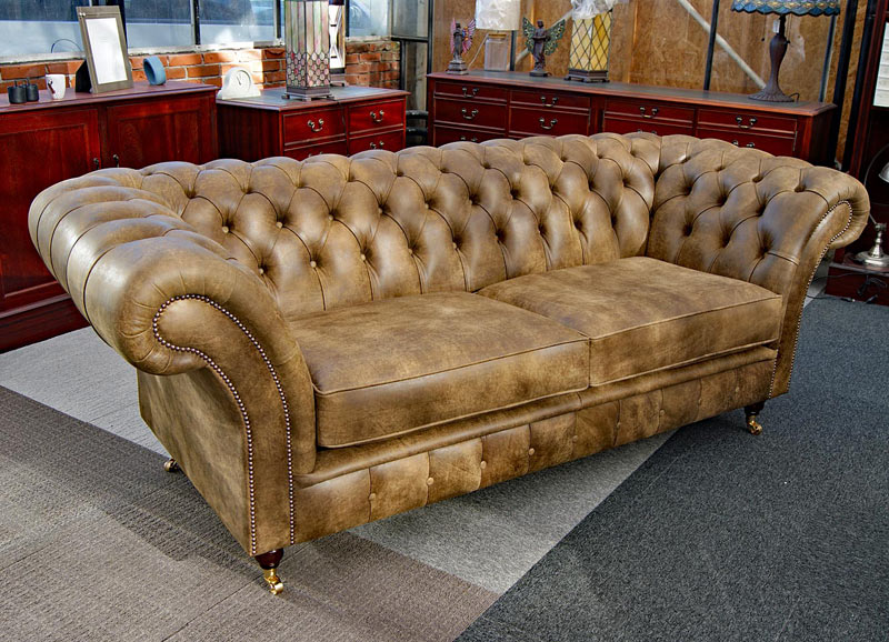 Balmoral Chesterfield vintage