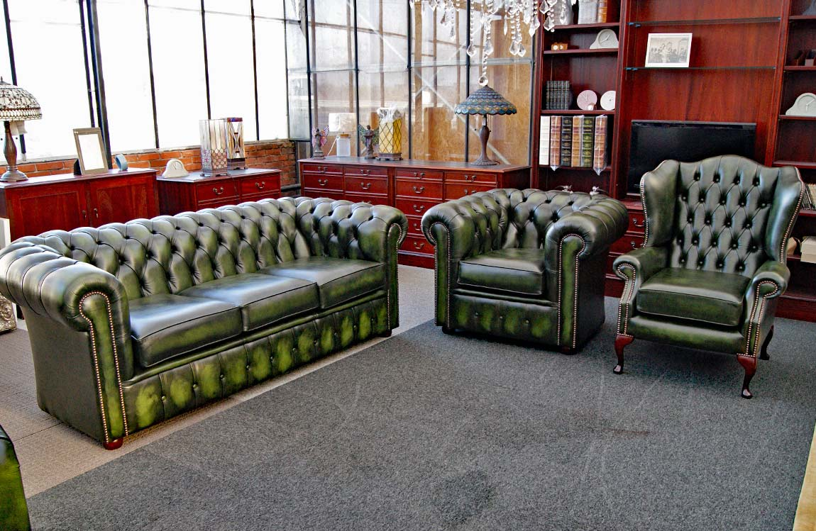 Buckingham Chesterfield set antique green by English Decorations