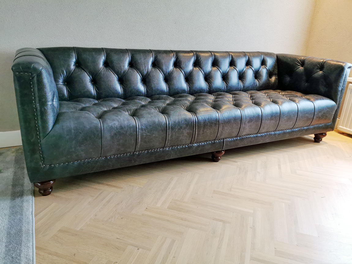 Parliament Chesterfield vintage nero leer