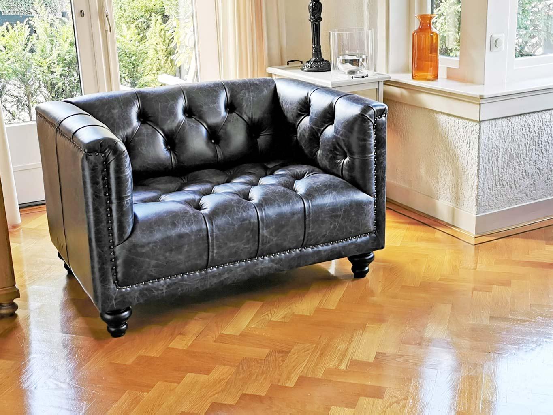 Parliament Love Seat Vintage zwart leer
