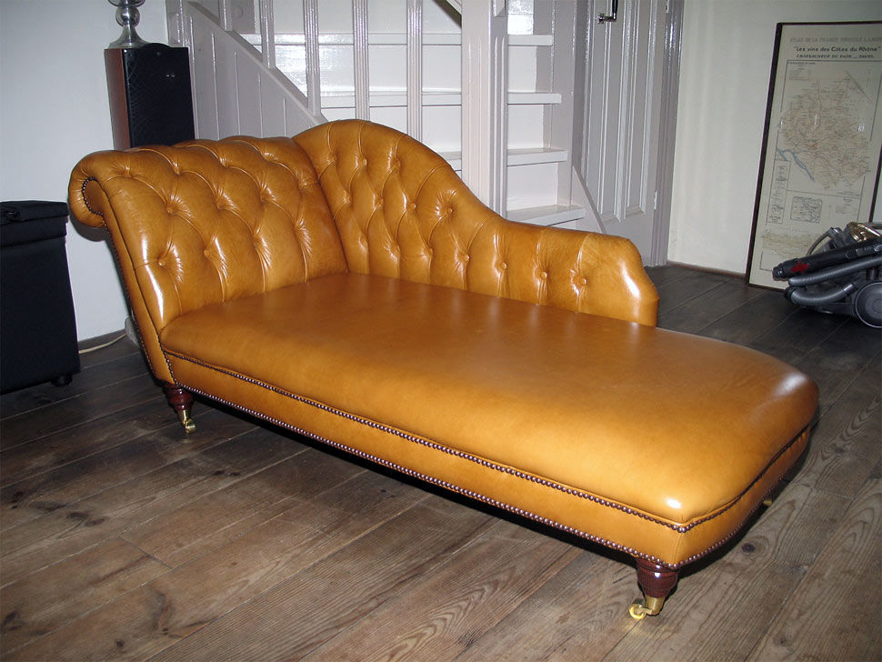 Royal Chaise Longue