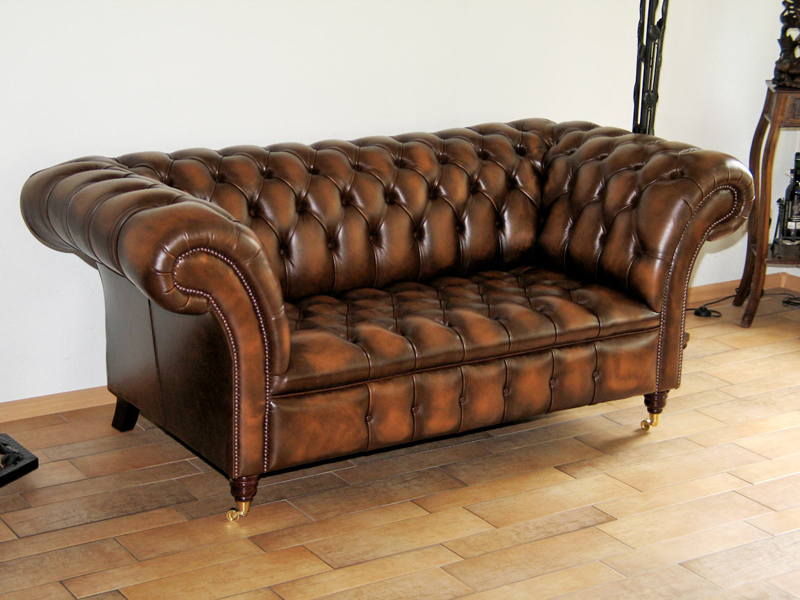 Belmont Chesterfield antique tan leather