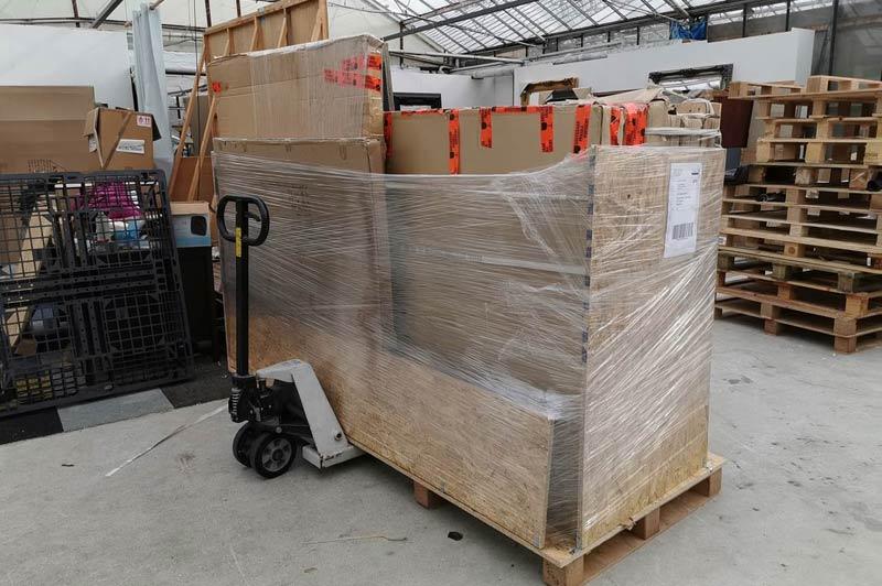 shipment ready for beauty salon in Switzerland