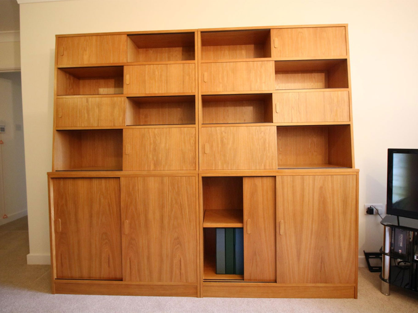 Typical English Decorations Hand Made English Bookcases And