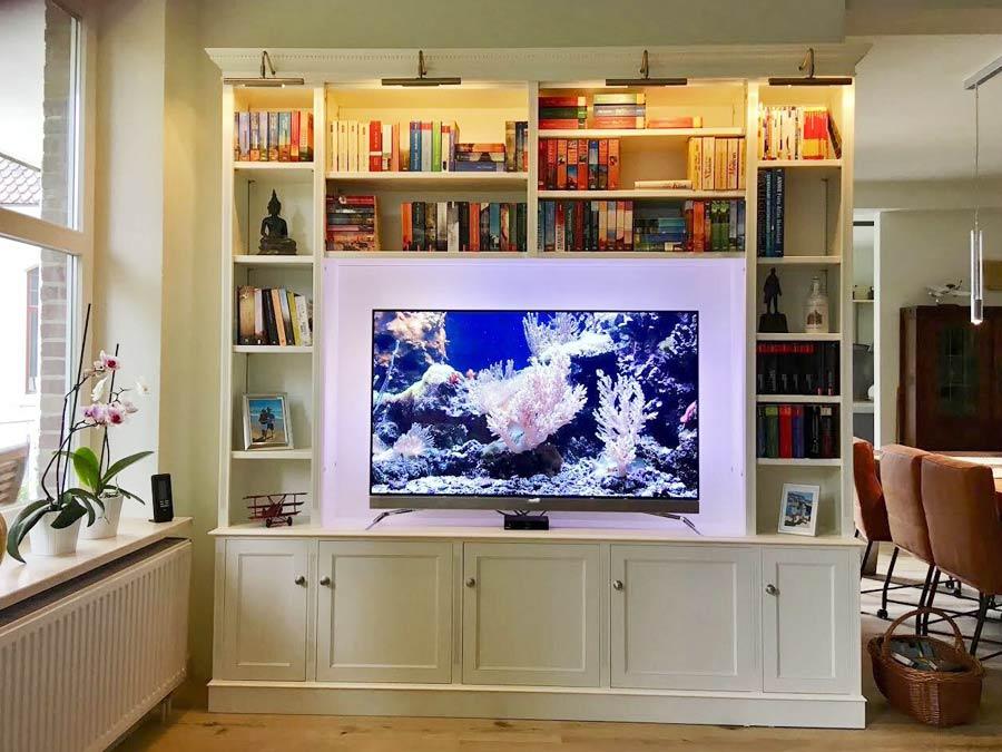 witte tv boekenkast op maat