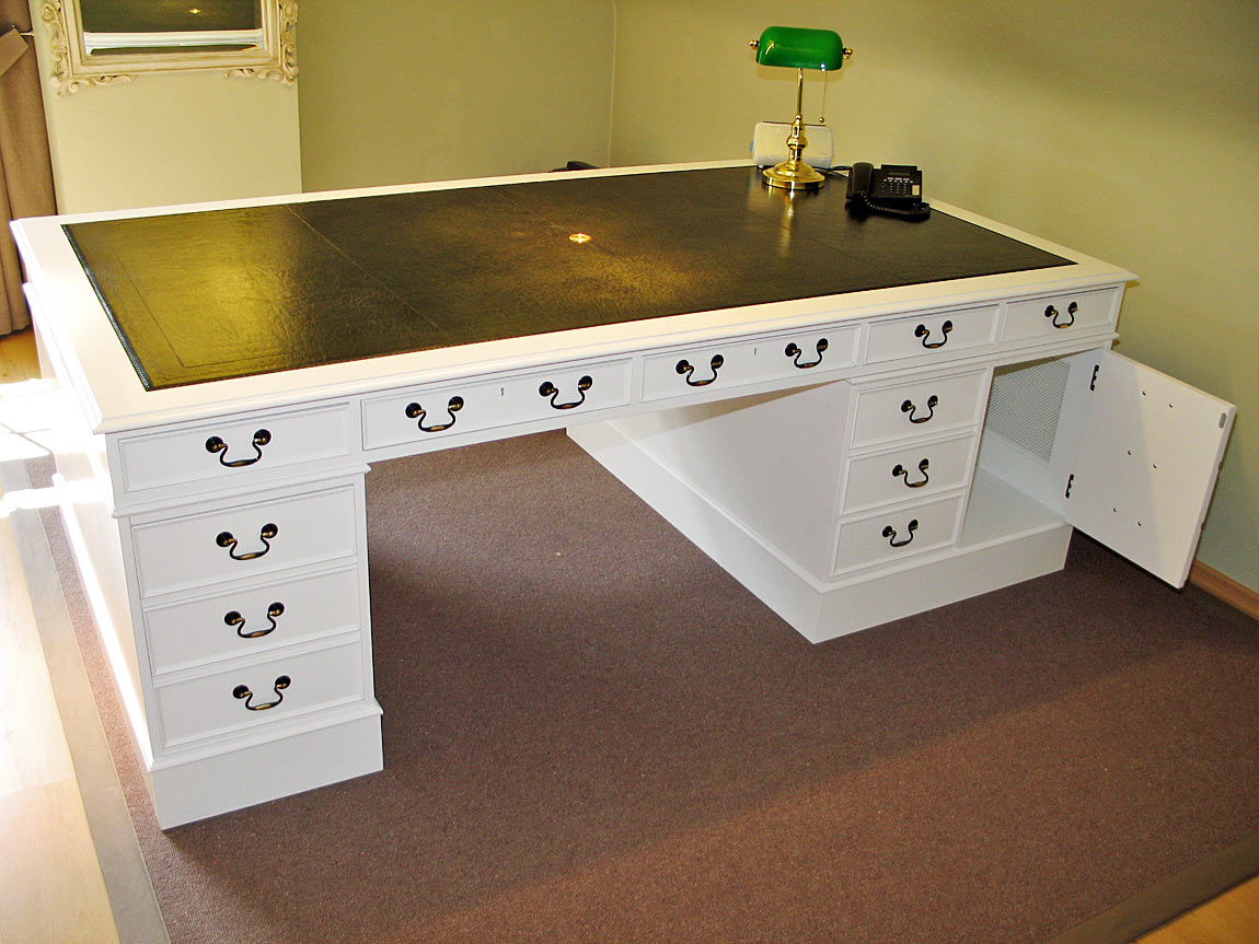 Classic bespoke English desk