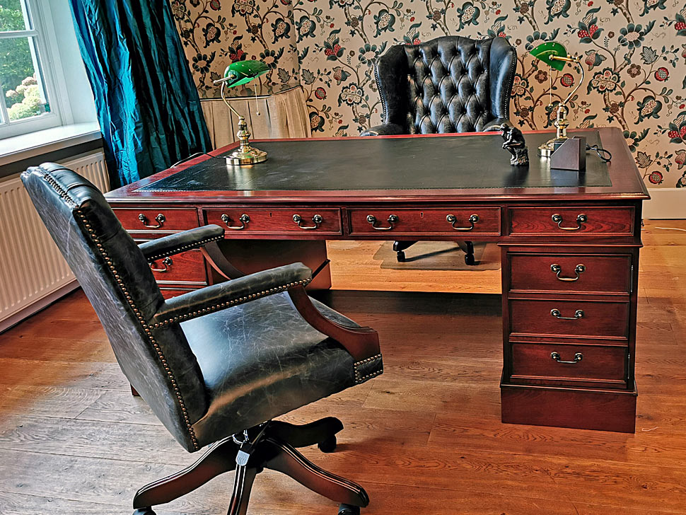 Bespoke English Partners desk
