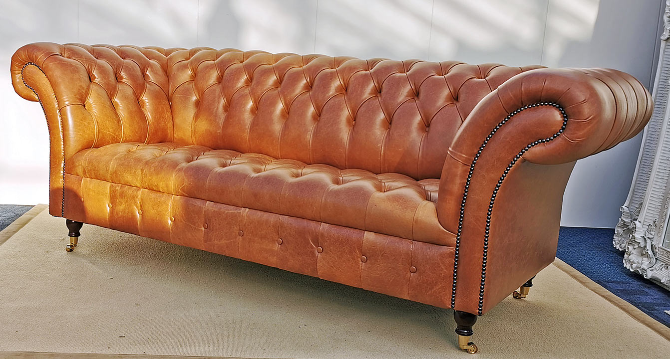 Vintage Chesterfield by English Decorations