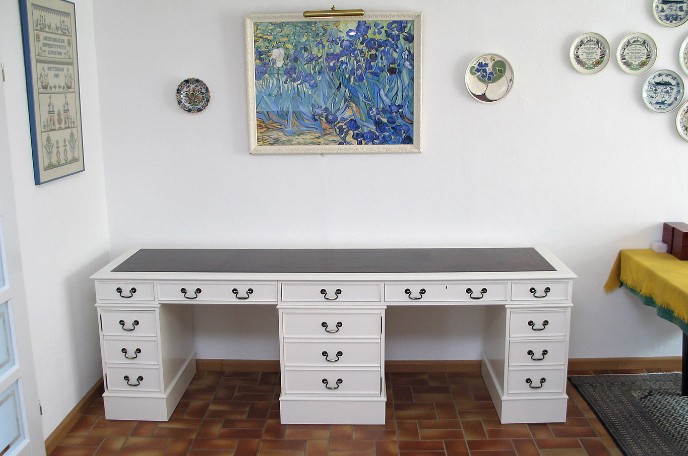 made to measure special desk